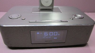 CLEAN Philips DC291/37 30-Pin iPod/iPhone/iPad Alarm Clock Speaker Dock WORKS