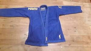 Manto Victory Gi size A0 Southport Gold Coast City Preview