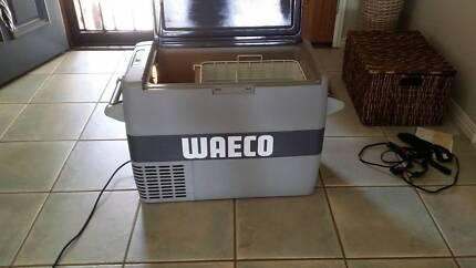 Waeco CF50 240/12V fridge freezer