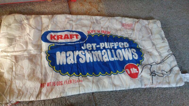 Kraft Marshmallow sleeping blanket 33x65in