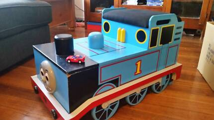 THOMAS THE TANK ENGINE TOY BOX still available TRAINS ARE SOLD