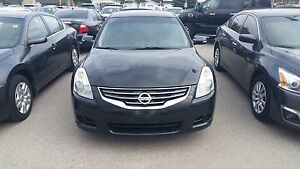 2010 Nissan Altima 2.5 fully loaded