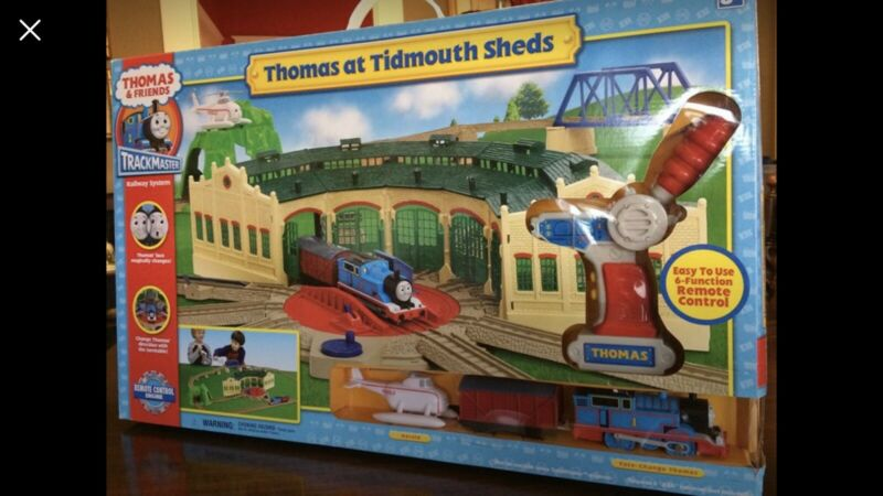 Thomas & Friends TrackMaster Railway System Thomas At Tidmouth Shed 2006 Set NIB