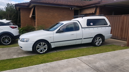 Ba falcon ute CANOPY only with roof racks, perfect condition.