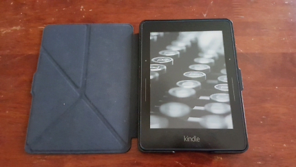 Kindle Voyage. Like new. Latest model.