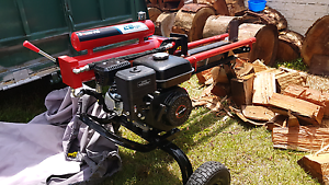 Log splitting service Redland Bay Redland Area Preview