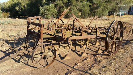 Horse drawn Scarifier in good condition