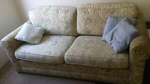 3 SEATER PULL OUT SOFA BED/COUCH - great condition Kensington Eastern Suburbs Preview