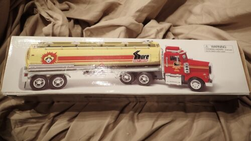 1998 SURE GASOLINE HUCKS FOOD STORES TANKER TRUCK By Taylor Made TMT 1 of 2760