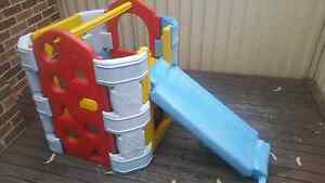 Modular cubby slide play house. Connects to hose. San Remo Wyong Area Preview