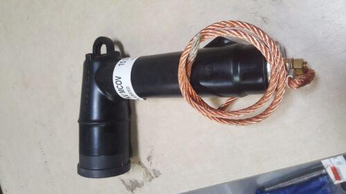 Hubbell Elbow Arrestor 15.3 kV MCOV (225ELA18) No cap