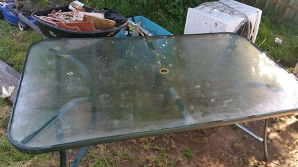 Fre garden glass table and chairs  Windsor Hawkesbury Area Preview