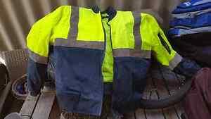 Hi Vis Jacket size M Cloverdale Belmont Area Preview