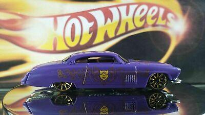 Tokaland Hot Wheels 2017 Despicable Me Dracula Purple Fish'd & Chip'd Car