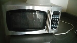 urgent selling microwave oven
