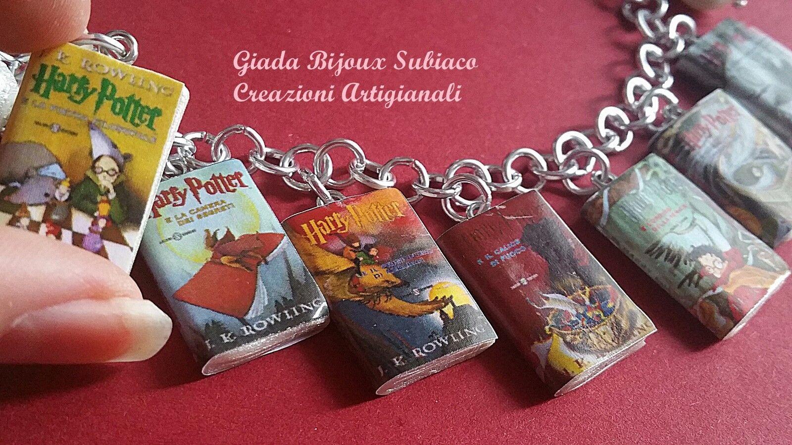 Bracciale artigianale ispirato alla saga di Harry Potter in 7 mini libri