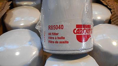 12- Carquest R85040 Oil Filters