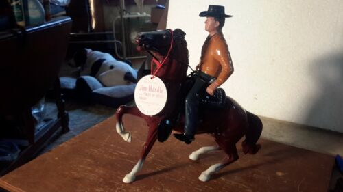 "HARTLAND ""JIM Hardy""of Wells Fargo on Chestnut Horse Western Model"