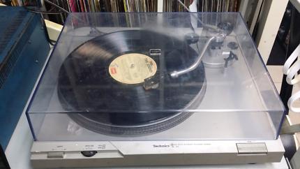 Technics sl-d2 direct drive turntable record player