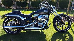 2016 HARLEY DAVIDSON BREAKOUT Morley Bayswater Area Preview
