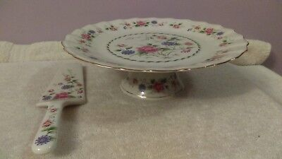 Pedestal Cake Stand and Server Gorgeous pink flowers Andrea by Sadek