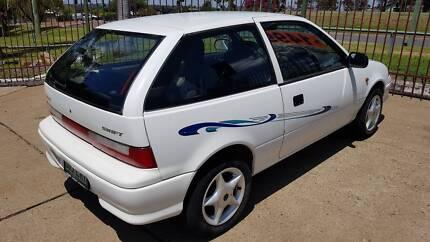 SUZUKI SWIFT 3 DOOR HATCH PERFECT LEARNER CAR OR BACKPACKERS