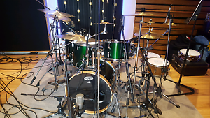 Drouyn drum kit Fig Tree Pocket Brisbane North West Preview