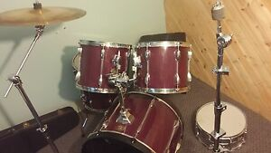5piece drum kit with kick cymbals and stands