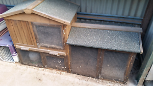 Flyscreen lined Rabbit /Guinea Pig hutch  $50. The Oaks Wollondilly Area Preview