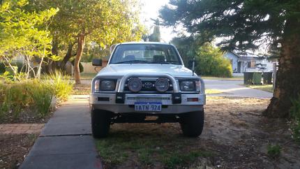 00 Toyota Hilux