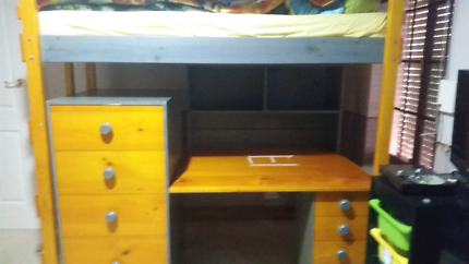 Bunkers loft bed bunk