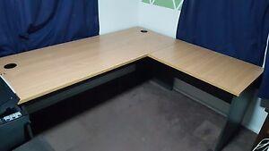 Large Office Desk Slacks Creek Logan Area Preview