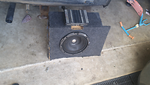 "12""inch sub amp and wiring Leichhardt Ipswich City Preview"