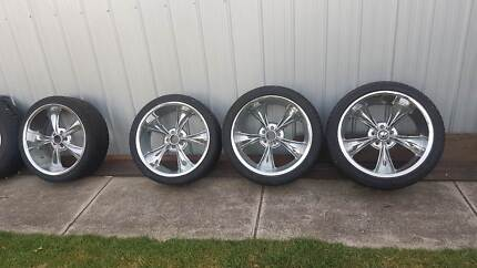 Mag Wheels Ridler Ford or Chrysler