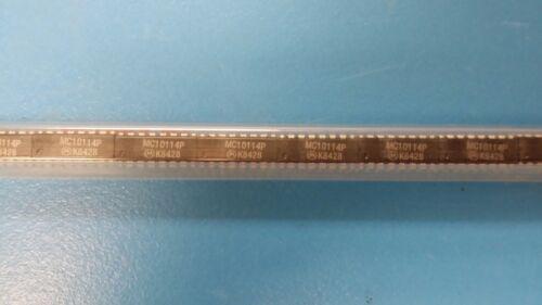 (5 PCS) MC10114P MOT Triple Receiver 16-Pin PDIP