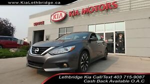 2018 Nissan Altima 2.5 SV CLEAN CARFAX, LOW KMS, TOUCHSCREEN,...