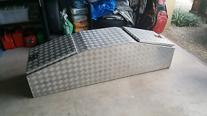 Gullwing tool box Robina Gold Coast South Preview