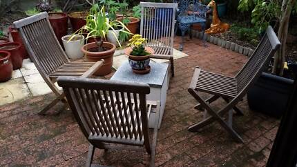 4 x WOODEN FOLDING CHAIRS Nedlands Nedlands Area Preview