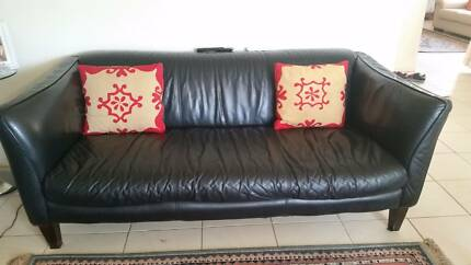 3seater pure leather single bkack sofa for multiple use Ingleburn Campbelltown Area Preview