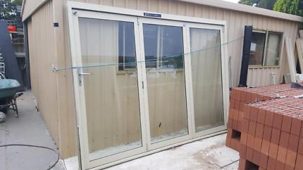 Bifold doors windows  2900 x 2100 glazed.