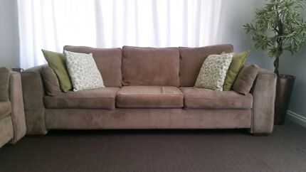 5 seater lounge suite  Meadow Springs Mandurah Area Preview