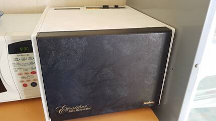 Excalibur 9 Tray Dehydrator - new condition.