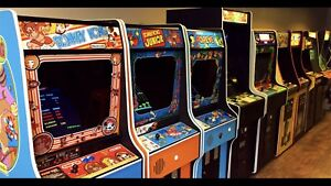 Wanted: arcade and pinball games machines cabinets