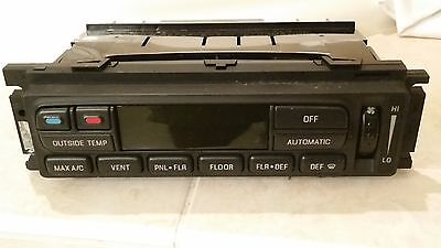 (1997-2002 FORD EXPEDITION DIGITAL CLIMATE CONTROL AC HEATER EATC XL7H-19C933-AE)