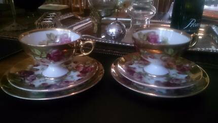 Beautiful Gold edged tea cups and saucers The Junction Newcastle Area Preview