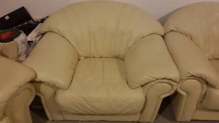 Sortino Leather 3 piece couches