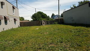 LARGE FENCED IN LOT FOR RENT $450/MONTH