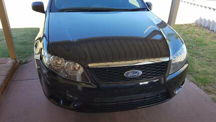 wrecking 2008 fg ford parts