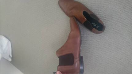 Size 10 Brown leather shoes
