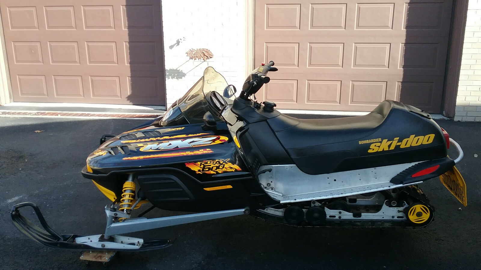 2000 SKI DOO MXZ 600 / GREAT CONDITION / EXTRAS